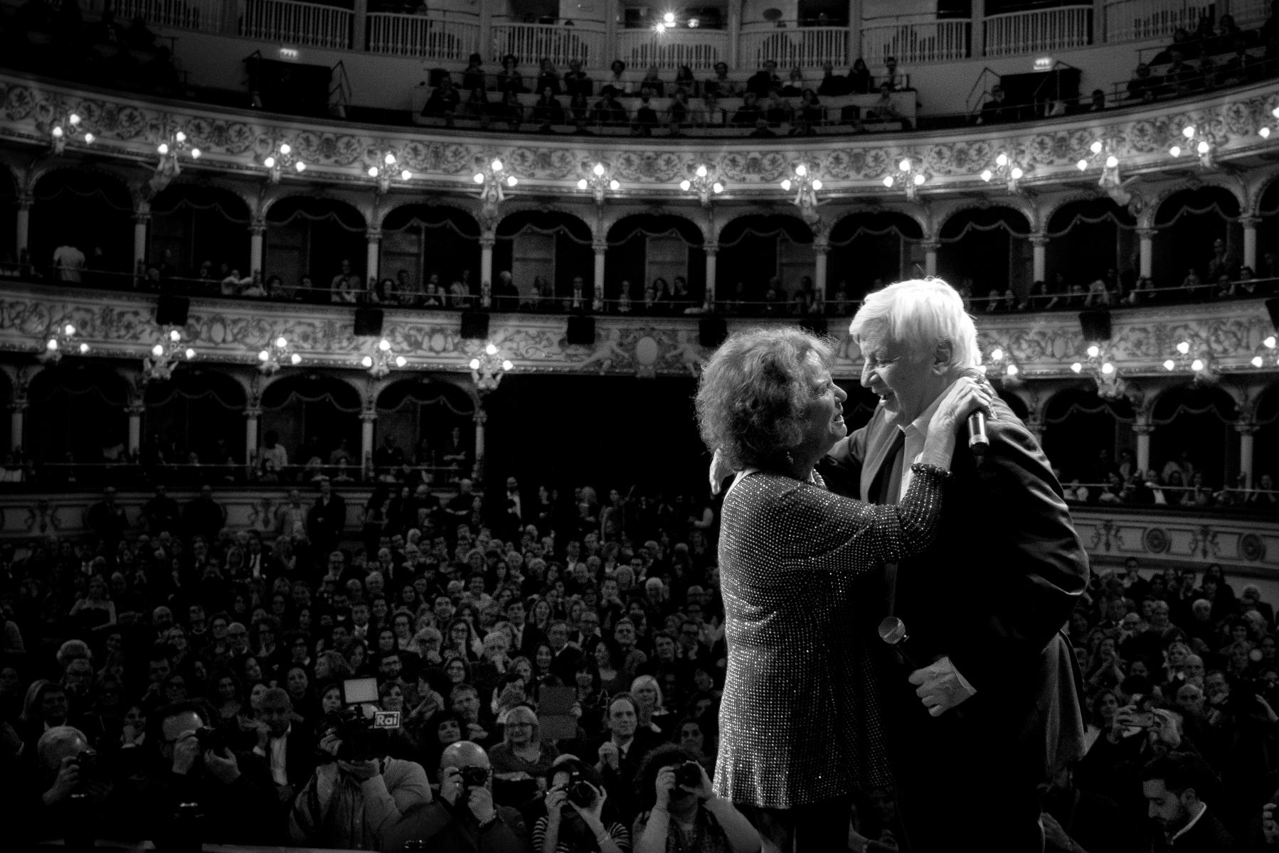 Claudia Cardinale, Jacques Perrin